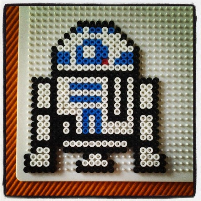 R2D2 Star Wars hama beads by christina_goering