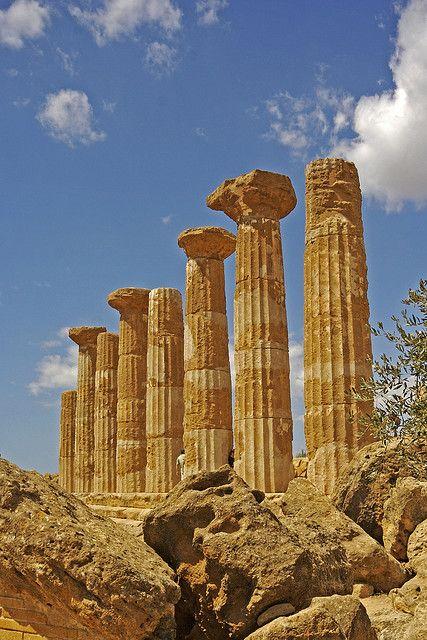 Temple of Hercules - Agrigento, Sicily, Italy #agrigento #sicilia #sicily