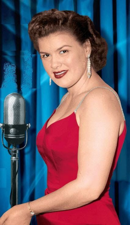 PATSY CLINE ( GREAT PICTURE)