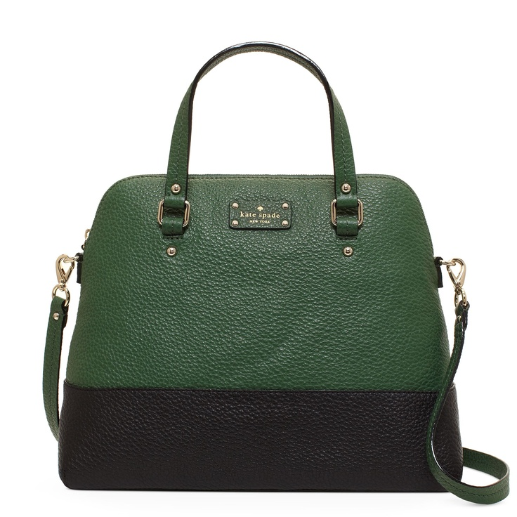 Love this classic Kate Spade bag