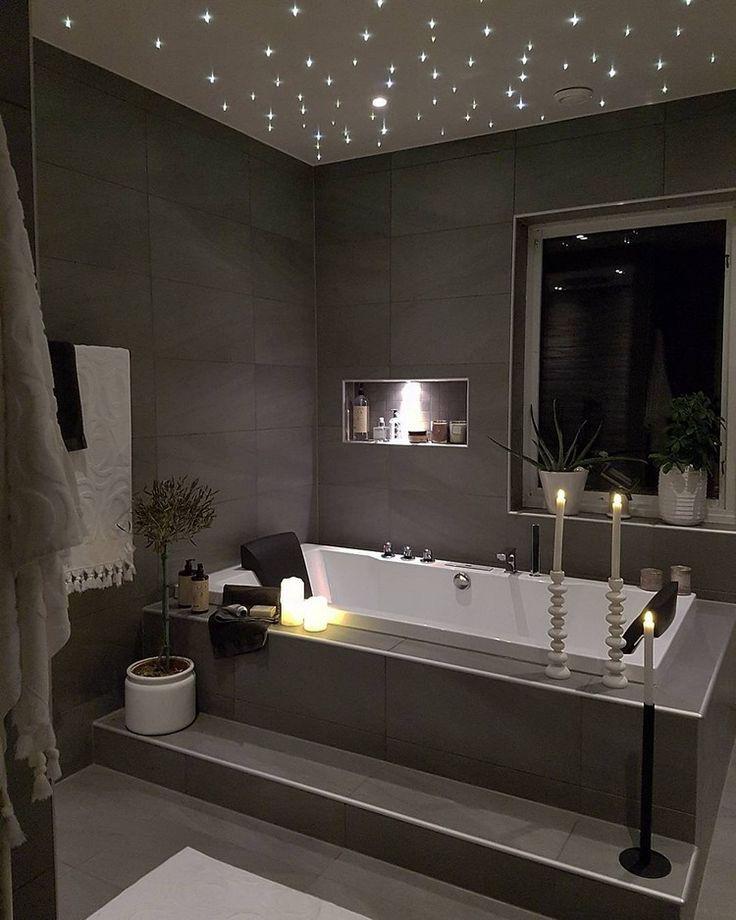 Sternenhimmel mit LED Leuchten schafft eine Wohlfühlatmosphäre im Bad