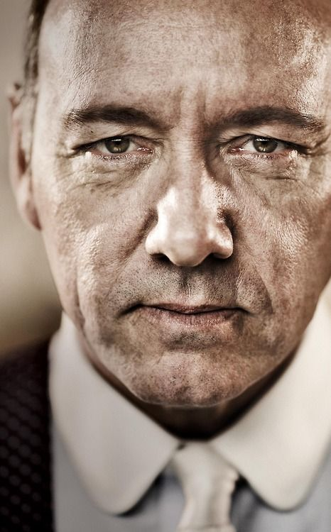 Kevin Spacey. Sensational actor (The Usual Suspects is outstanding)
