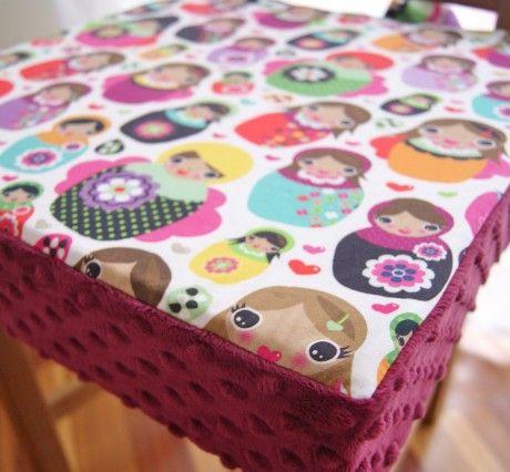 Poduszka na krzesło dla dziecka | wzór MATRYOSHKA kolor wino | Lela Blanc