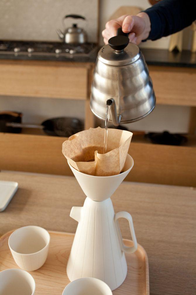 A SUCABARUCA Collection com design de Luca Nichetto, em colaboração com Lera Moiseeva, para a canadense Mjölk pode ser o segredo para um café realmente delicioso e elegante: http://goo.gl/2w82YY