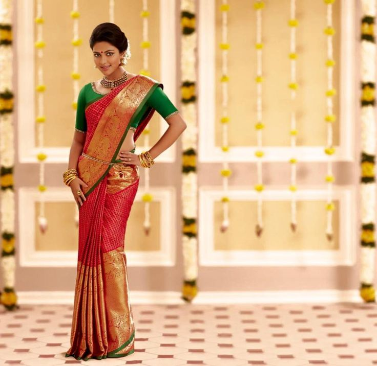 Nayanthara, Trisha and Bhavana sizzle in Saree Ads....who is the best....Vote now - Page 77