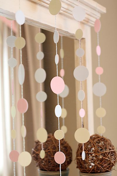 Simple and pretty hanging garland... Thinking Red, White, Black, & Yellow...