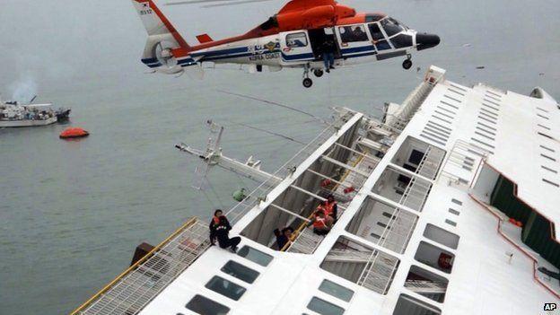 S.M.G: 30 crew members, 325 high school students, 15 scho...