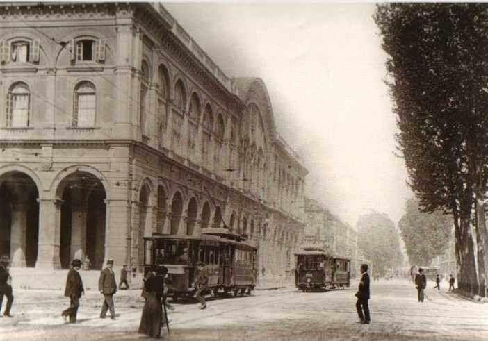 Porta Nuova senza automobili http://www.torinovintage.it/torino-antica/porta-nuova-automobili