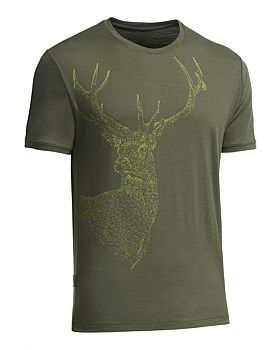 Artist Ed Hepp created the majestic Stag Print on this Tech Lite T-Shirt out of hundreds of tiny, hand drawn chevrons. Ed likes to use abstract elements to create real images, inviting the viewer to look more deeply. Buy Now: http://www.outsidesports.co.nz/Icebreaker/Mens_Icebreaker/Tops/IB102452/Icebreaker-Tech-Lite-Crewe-T-Shirt---Red-Stag.html#.Vgiwt_mqpBc