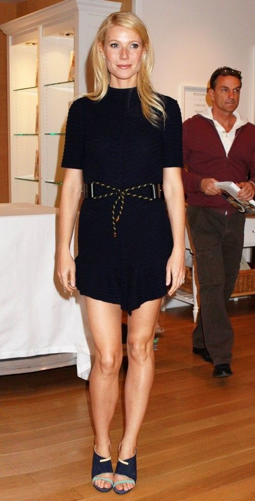 327 best images about Celebs in Mini Skirts on Pinterest ...