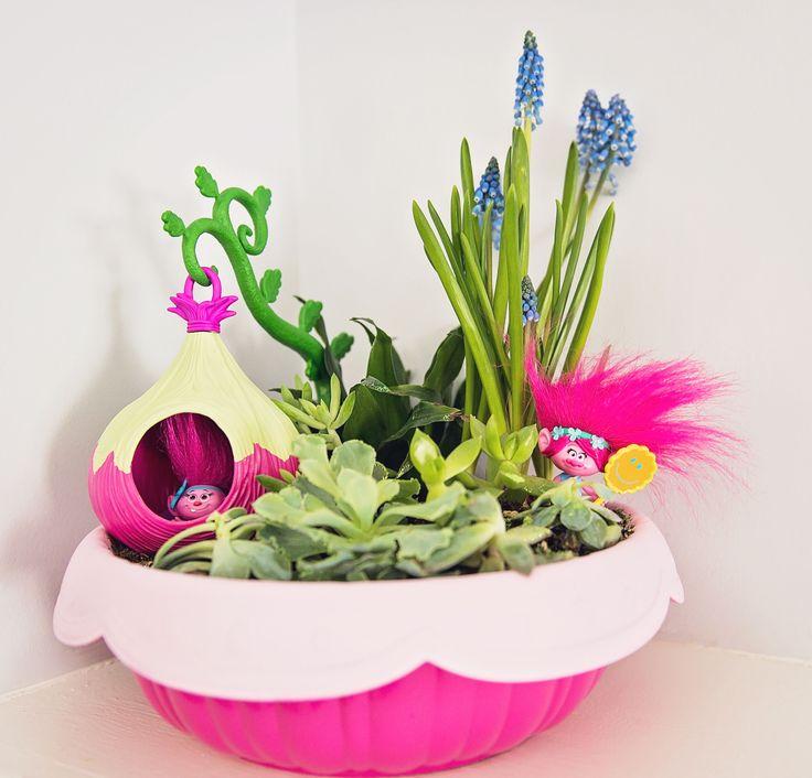 Trolls Garden from a Trolls Inspired Birthday Party #trollsgarden #trollspartyideas #trollsdecorations