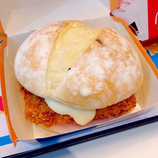 #mcdonalds #osaka #japon - 21件のもぐもぐ - フランスバーガー チキンコルドンブルー by maixx ใหม่