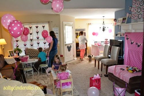 Charlotte has adored watching Mickey Mouse Clubhouse ever since she could sit up. Her favorite episode is Minnie's Bow-tique, so the theme for her second birthday party was an easy choice. Na…