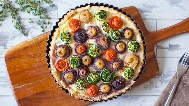 Tarte mit Gemüse-Rosen als Video, eine leckere Quiche mit Zucchini und Karotten Rosen, macht was her und schmeckt total lecker