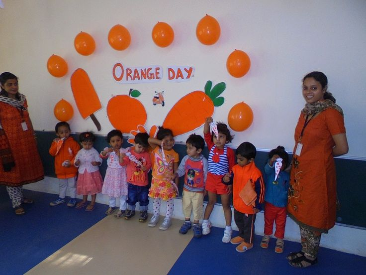 OISS - Orange Day Pre Nursery On Thursday 22nd January  2015, Orange colour day was celebrated for Pre Nursery. Classroom was decorated with orange balloons & objects related to orange colour was displayed.This activity helped children to recognise the orange colour & its different shades. Teachers helped children to do thumb printing with orange paint on the template of a carrot. At the end of the day they could recognise orange colour.