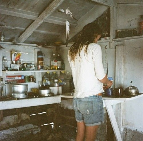 .: Simple Living, Style, Cabins Kitchens, Surfing Shack, Summer Outfits, The Simple Life, Summer Girls, Boyfriends Jeans, Jeans Shorts