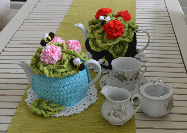 Pelargonium Tea Cosy by Nowmine on Etsy and also available at www.tbeecosy.com,  both pattern or the actual finished tea cosy