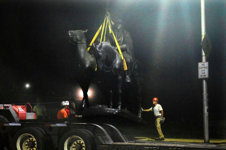Baltimore Removes Confederate Statues in Overnight Operation