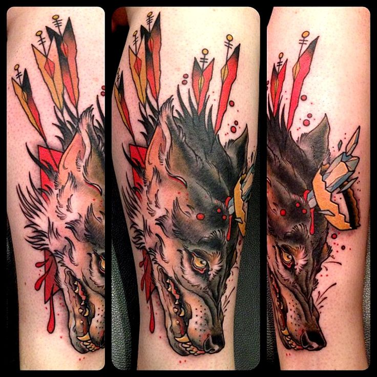 crown wolf tattoo by mike moses at spiritus tattoo in. Black Bedroom Furniture Sets. Home Design Ideas