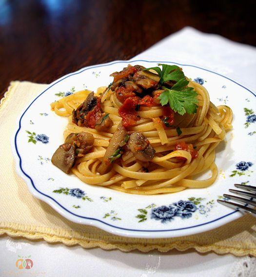 Pasta con champignon http://blog.giallozafferano.it/graficareincucina/pasta-con-champignon/
