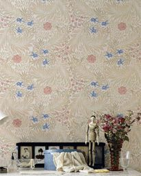 Larkspur Manilla/Old Rose från William Morris & Co