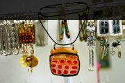 Importator si distribuitor de materiale de arta si hobby. Complex Art Timisoara