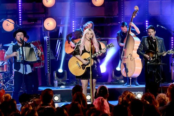 Kesha Baptizes In Bluegrass At 'CMT Crossroads' Taping With Old Crow Medicine Show