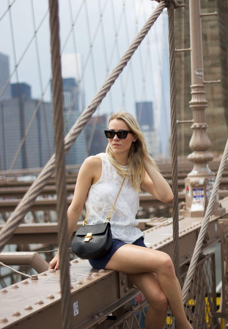 Brooklyn bridge <3 malenemandrup.dk/ #newyork #travel #nyc #bigapple #summer #spring #mystyle #streetstyle #personalstyle #fashion #fashionista #style #outfit #ootd #fashionblog #blogger #girl