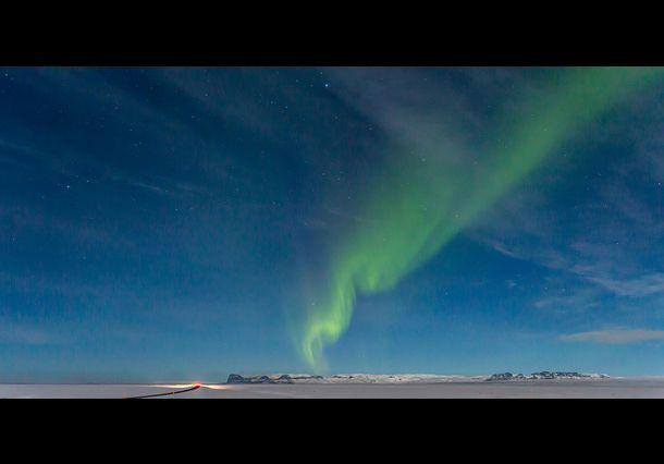 Het wonderlijke natuurverschijnsel het Noorderlicht. Door communitylid schaef - NG FotoCommunity ©