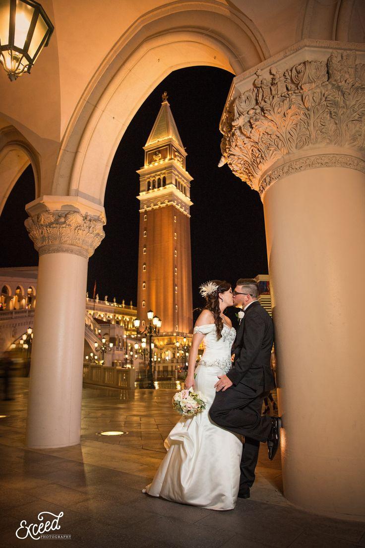Las Vegas Wedding At Sam S Town Hotel And Hall Amanda Andy