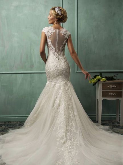 How to Choose the Best Wedding Dress Silhouette for Your Body Type. http://www.modwedding.com/2014/02/07/style-guide-choose-best-wedding-dress-silhouette-body-type/ #wedding #weddings #fashion