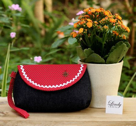 Clutch   Navy  #bolsa #clutch #navy #vintage #retro #jeans #vermelho #nautico #handbag #accessories #florianopolis