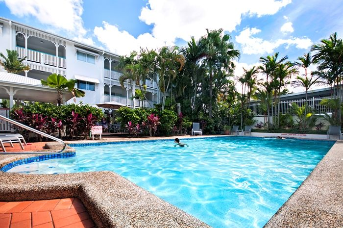 Comfort Inn & Suites City Terrace Apartments from $115 p/n Enquire http://www.fnqapartments.com/accom-city-terraces-cairns-holiday-suites/ #CairnsAccommodation
