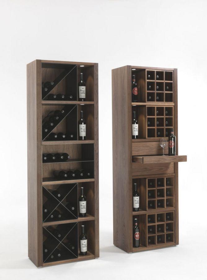 """Cru Riva 1920 Holzbehälter und """"Weinkeller"""" für Wein- oder Bierflaschen. CRU wird mit Zubehörteilen aus Holz und Metall angeboten um allen Ansprüchen des Kunden gerecht zu werden: horizontale Einlegeböden aus Holz mit Diagonalen aus Eisen (einfach oder doppelt) oder mit Holzraster für Flaschen oder Schubladenbereiche mit Glasabstellmodul. http://www.storeswiss.com/de/prod/anrichte/cru-riva-1920.html"""