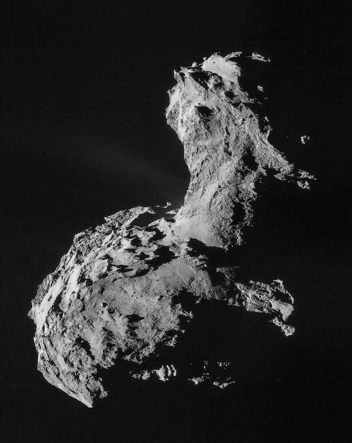The Rosetta spacecraft collected more than 35,000 dust grains from Comet 67P/Churyumov-Gerasimenko to help determine its chemical composition.