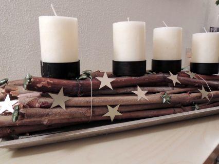 Adventsgesteck mit Zweigen / Arrangement with twigs for Advent