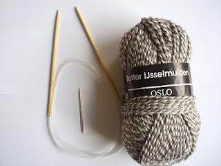 A la Sascha: Een Fijn Lesje Sokken Breien Op Een Rondbreinaald