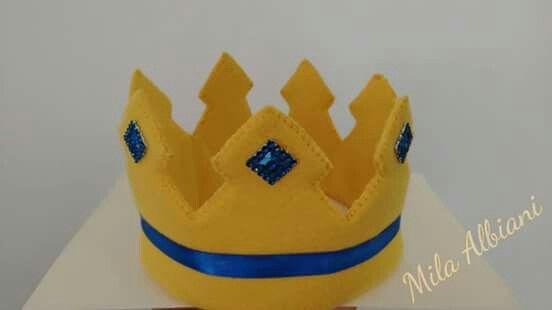 Coroa feltro