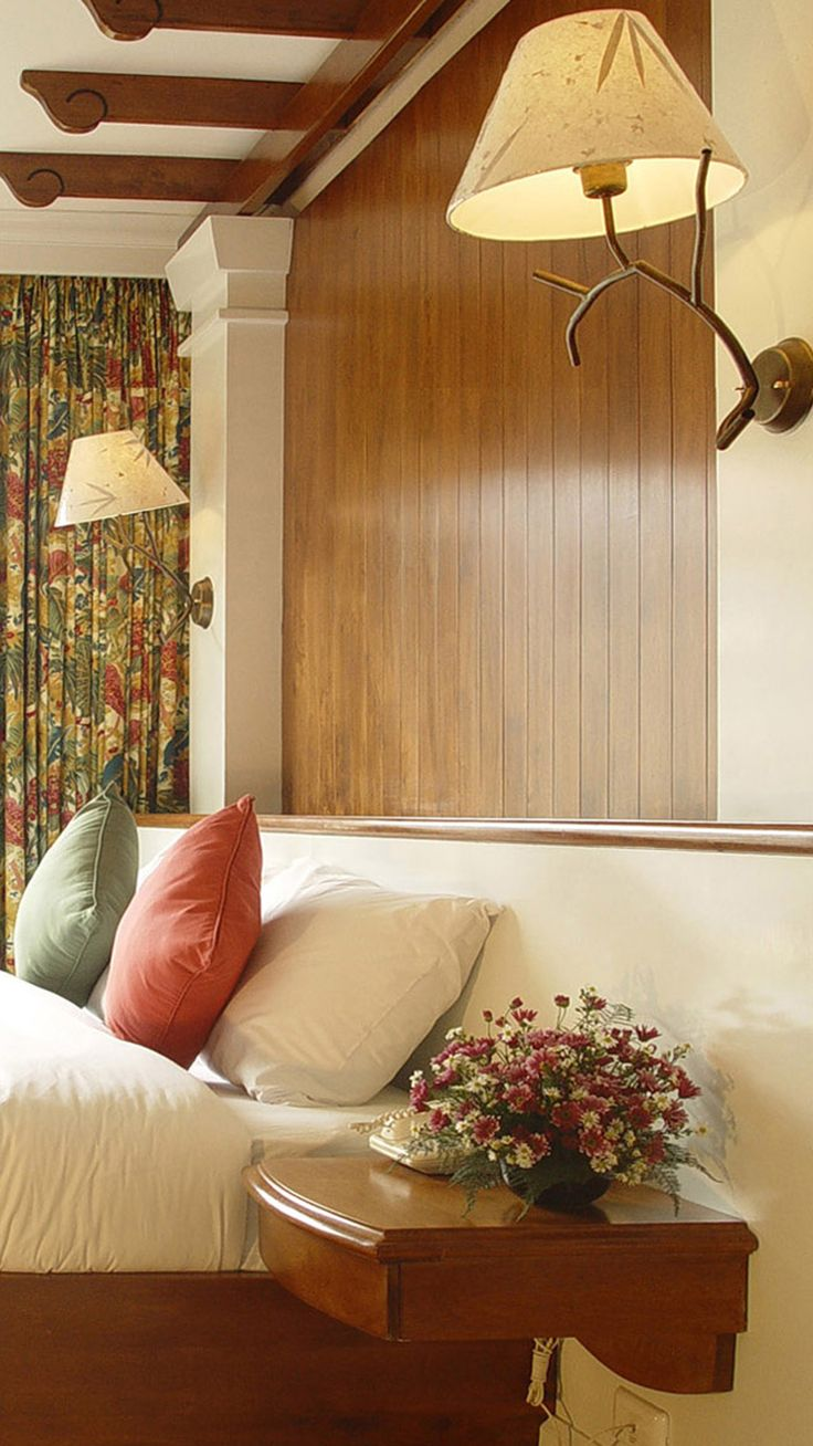 Best Comfy Bedroom Layout Comfortable Bedroom Bedroom 400 x 300