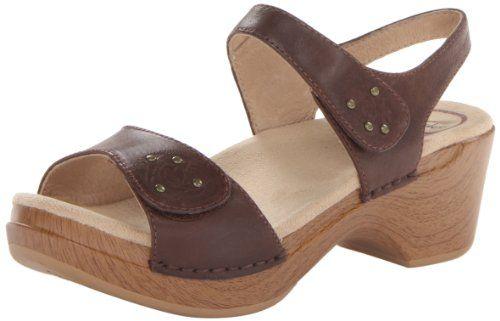 Do Dansko Shoes Fit Wide Feet