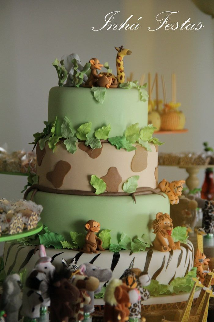 Safari Themed Birthday Party Cake Cakes Pinterest