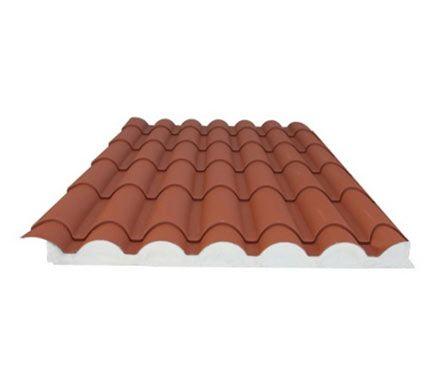 Placa sandwich para formación de cubierta de porche de patio.