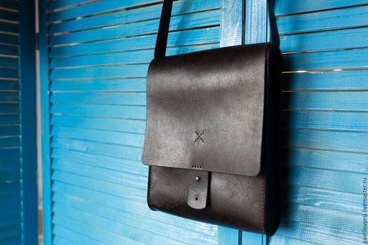 Мужские сумки ручной работы. Ярмарка Мастеров - ручная работа. Купить Мужская сумка из натуральной кожи ручной работы. Handmade.