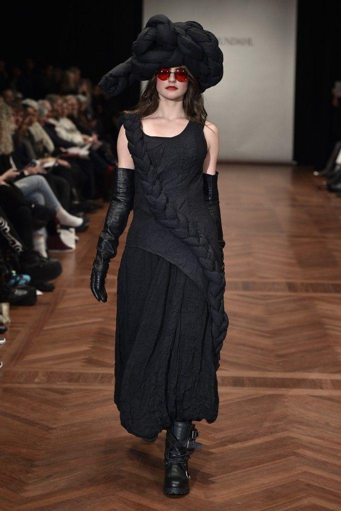 Ivan Grundahl AW15 Womens Copenhagen Fashion Week - Deux Hommes