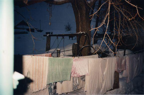 Bertien van Manen / Vera's laundry, apanas, 1993