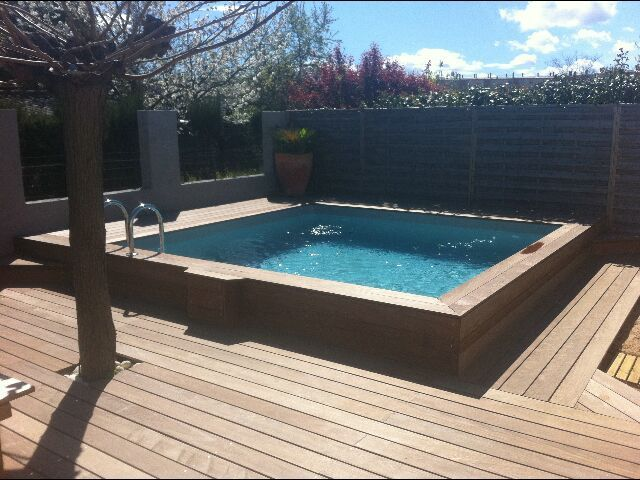 1000 id es sur le th me piscine coque sur pinterest spa for Piscine carree semi enterree