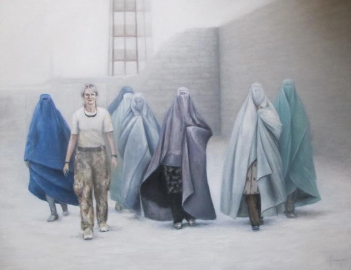 Dansk sygeplejerske med kvinder fra Gereshk, Camp Price. Mathilde Fenger. Olie på lærred 2011