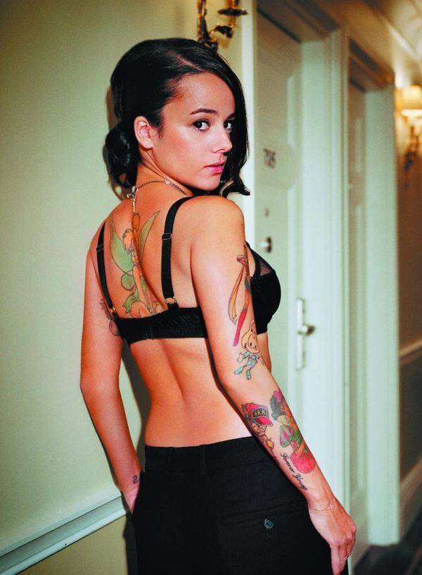 Alizee-Sexy-From-Facebook | Cellebrities | Pinterest