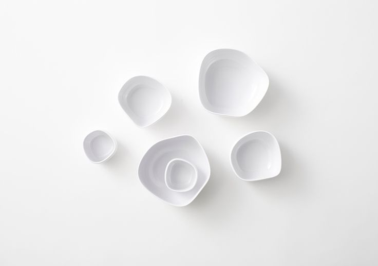 pebble bowls by nendo for italesse