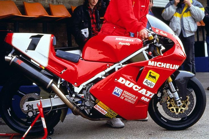 The first Ducati to win the World Superbike championship: Raymond Roche's 851/888.